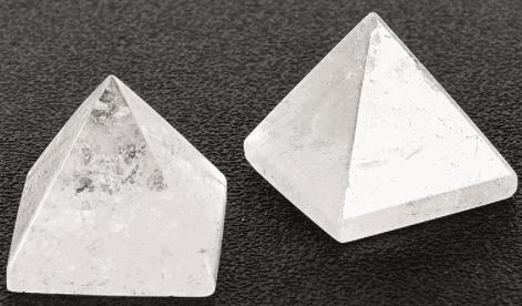 bjergkrystal pyramide 3,5 cm