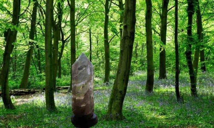 røgkvarts spids naturens egen helbredende sten