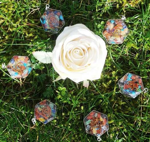 Orgonit hexagon syv chakra vedhæng