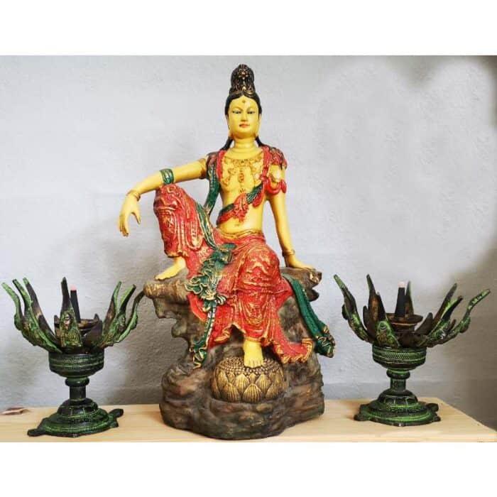 Kuan Yin Royal Ease 24 cm